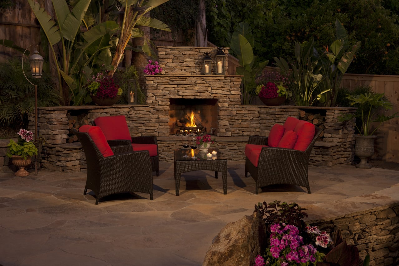 Signature outdoor living spaces brick america for Eldorado outdoor cabinets